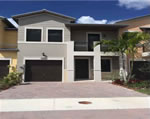 Doral Cay - Townhouse Entry